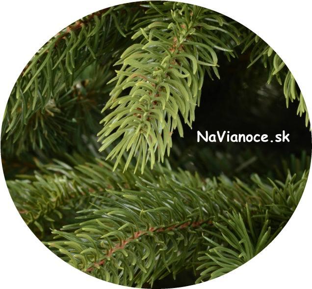 umelý vysoký vianočný stromček