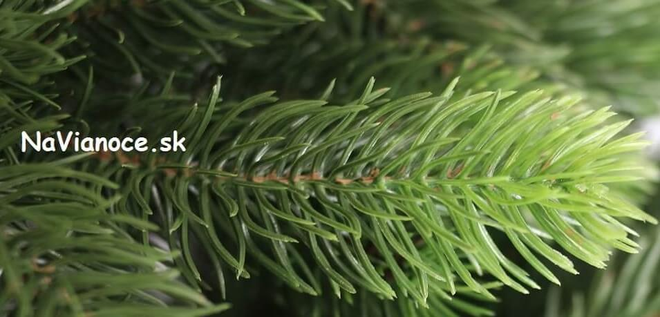vianočné stromčeky 3d ihličie