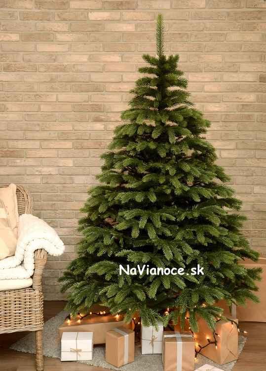 vianočné stromčeky umelé ako živé