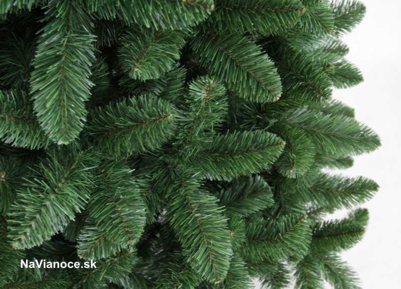 vianočné umelé husté borovicové stromčeky obyčajné 2D ihličie