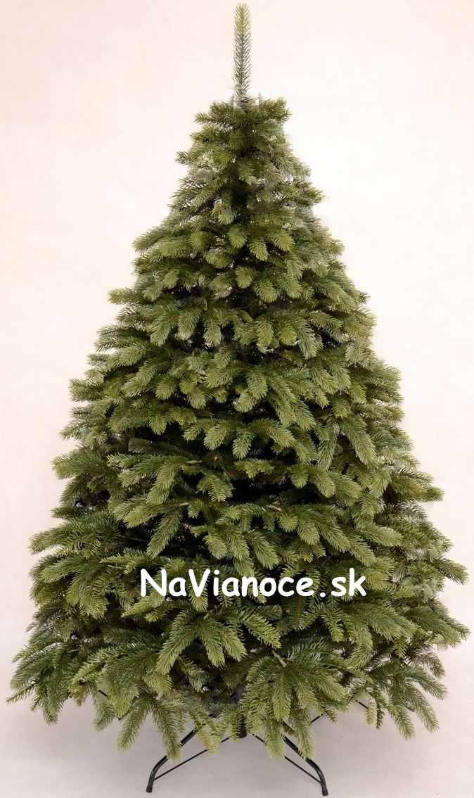 vysoký 3D umelý vianočný stromček